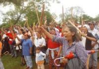 par-campesinos-protestan-200×141