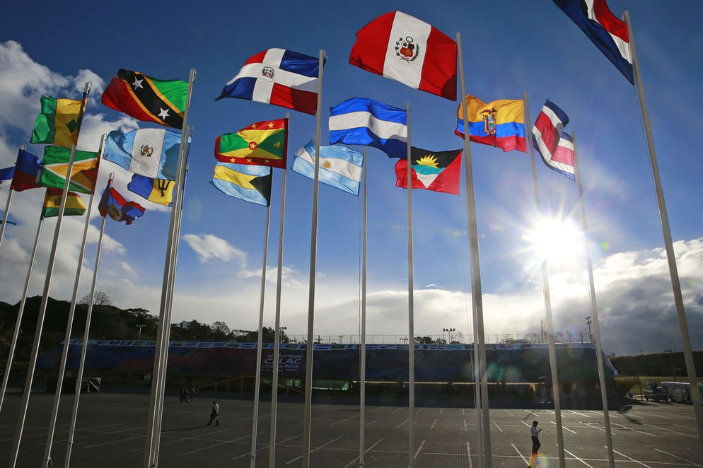 CELAC banderas1