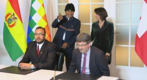 Berna Suiza firma memorandum entre Bolivia y Suiza foto Sergio Ferrari