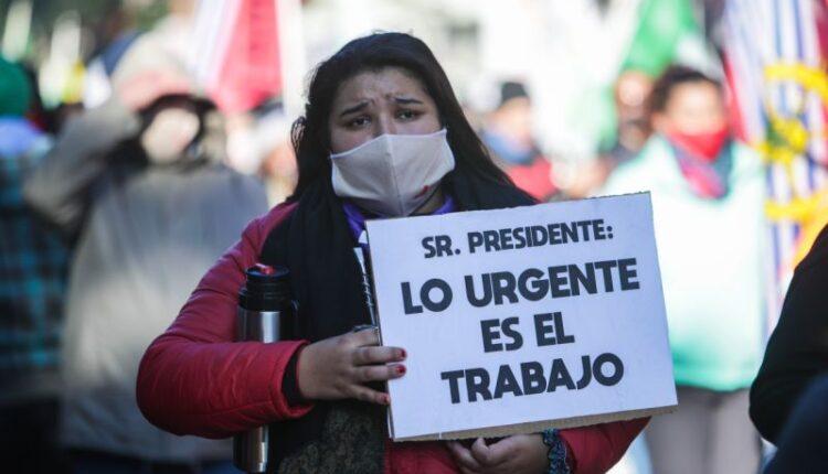 Paro parcial en Uruguay contra ajuste en pandemia y ley estrella del Gobierno